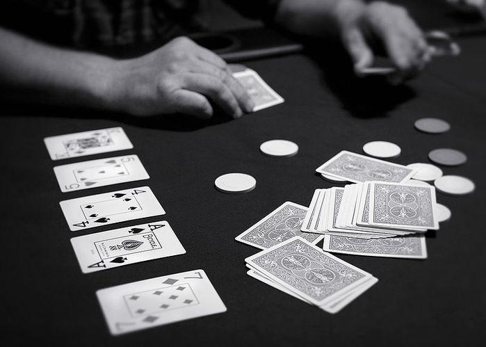Каталог онлайн покера играть игровые аппараты лягушки